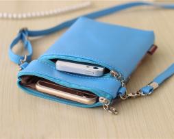 Crossbody kožená kabelka s rozkošným cartoon motívom