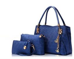 Luxusný dámsky set - kabelka, etuja a peňaženka v modrej farbe