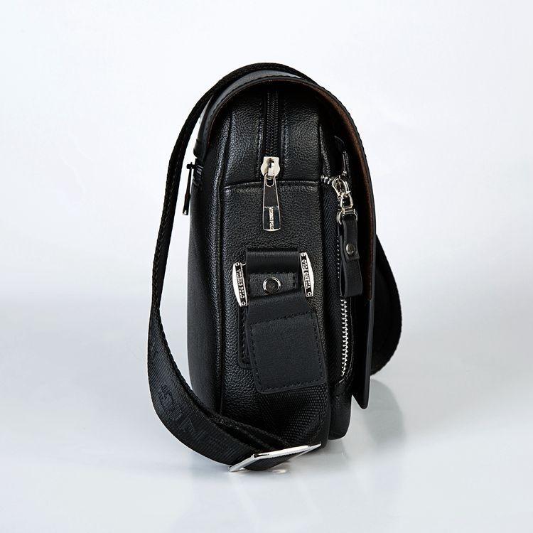 ac730ad6909c7 38.90 € s DPH. Kožená biznis taška cez rameno ...