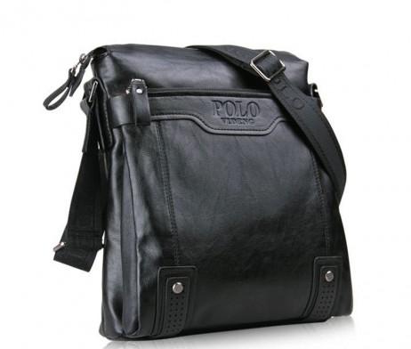 Kožená-crossbody-taška-POLO-cez-plece-v-čiernej-farbe-1