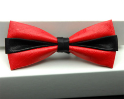 Kožený spoločenský motýlik pre pánov červenej farbe