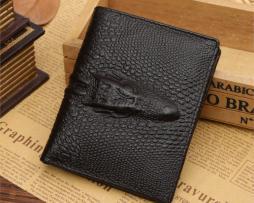 Kvalitná pánska kožená peňaženka v štýle 3D krokodíla v čiernej farbe, vertikálna