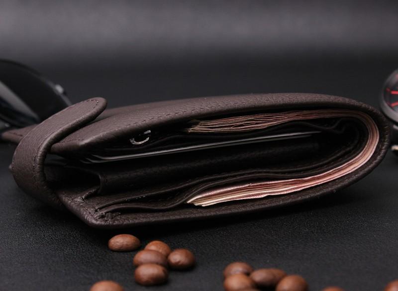 614371c4c 35.00 € 25.00 € s DPH. Kvalitná pánska kožená peňaženka z eko kože.