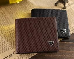 Kvalitná pánska kožená peňaženka s luxusnou textúrou kože2