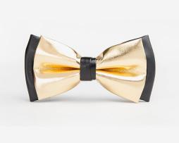Luxusný kožený spoločenský motýlik pre pánov v čierno zlatej farbe