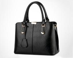 Kvalitná dámska kabelka v luxusnom štýle vo farbách