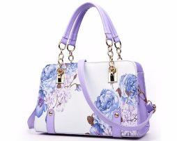 kvalitna-damska-kabelka-s-podtlacou-kvetin-vo-fialovej-farbe-z-kvalitnej-umelej-koze-2