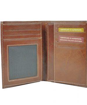 Kožené dokladovky a púzdra sú nevyhnutné pre ľudí, ktorý radšej ako hotovosť nosia karty, vizitky alebo jednoducho nechcú nosiť svoje osobné doklady so sebou v peňaženke (1)