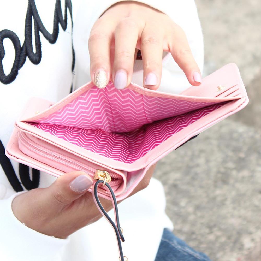e81e3a0aad Kožená peňaženka s rozkošným motívom mačiek v ružovej farbe