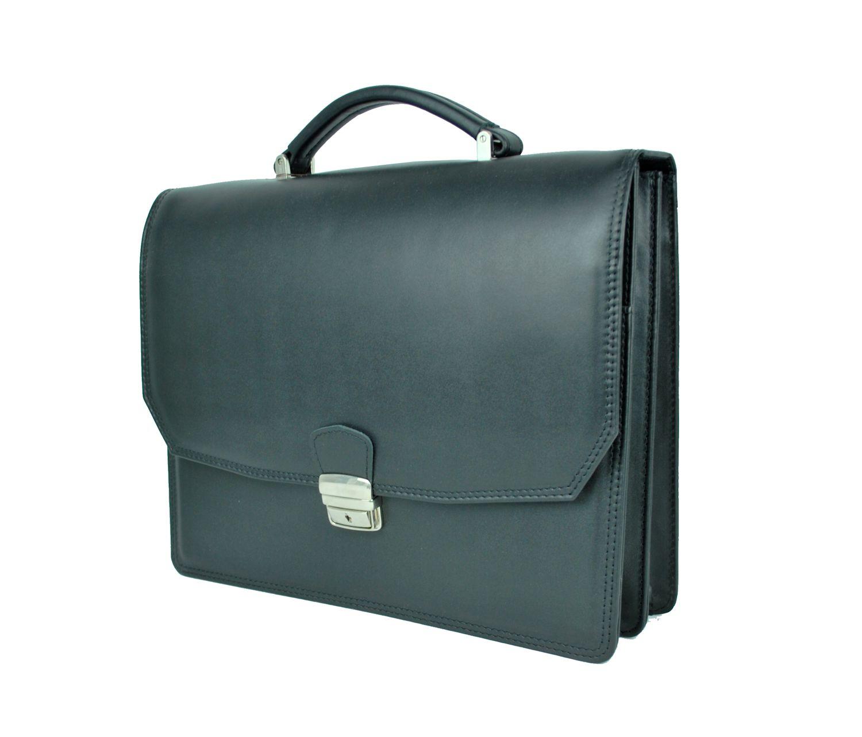 99f1f8c143 Luxusná kožená aktovka z pravej kože. Kožená aktovka je plochá taška  slúžiaca ako elegantné púzdro