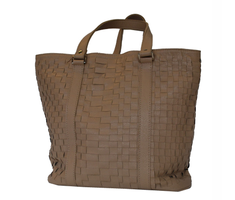 0358b809ac Elegantná tkaná kožená kabelka v čiernej farbe vyrobená z talianskej ...