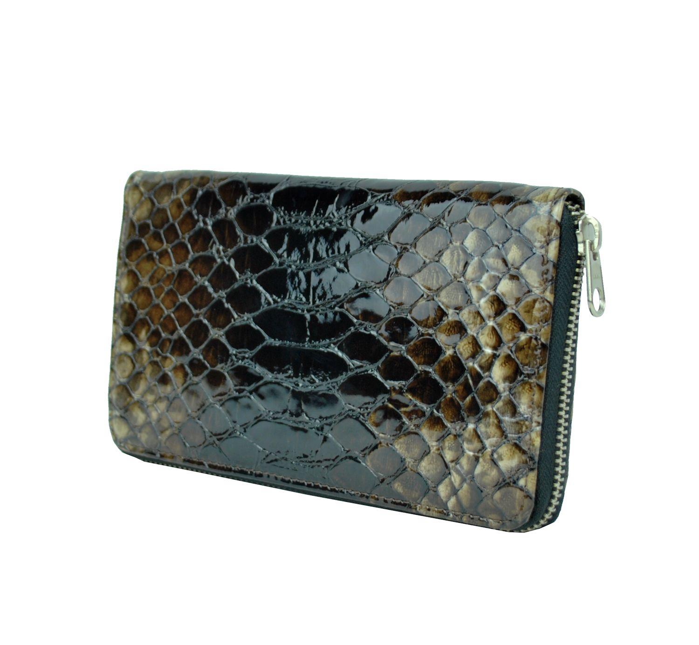 0d296f1876f9 kožené peňaženky sú vyrábané z prvotriednej kože dovážanej z Talianska. V  našej ponuke sa nachádzajú