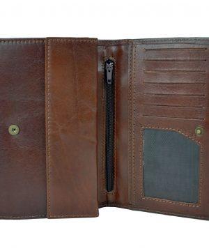 kožené peňaženky s luxusným dizajnom a praktickým usporiadaním. Nezabúdajte, že kvalitná a moderná peňaženka vytvára o vás predstavu na ktoromkoľvek mieste (2)