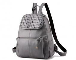 Kožený štýlový ruksak so strapcami vo farbách. Krásny dámsky ruksak Vás zaujme svojom vzhľadom (7)