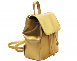 Módny hit Leta 2017 - Moderný kožený ruksak č.8659 v zlatej farbe (2)
