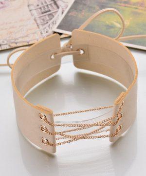 Kožený dekoračný náhrdelník na krk s retiazkou v bežovej farbe