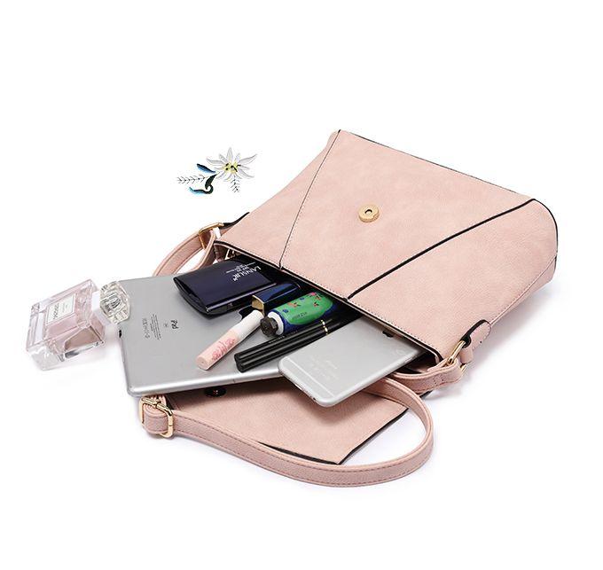 add207197b5a Originálna kožená kabelka s vyšívaním v ružovej farbe