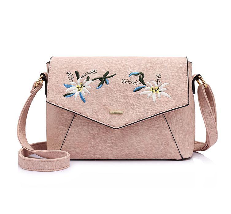 Originálna kožená kabelka s vyšívaním v ružovej farbe. Kolekcia obsahuje  množstvo farebných motívov v originálnych ae3c9e57124