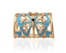 Šperk na šatku s motýľom v zlatej farbe je unikátna ozdoba