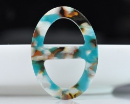 Luxusná-pracka-na-šatku-a-šál-vyrobená-zo-živice-viacfarebná