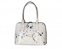 Umelecká ručne maľovaná kožená kabelka. Maľba je fixovaná špeciálnou úpravou. Jedná sa o novú kolekciu koženej galantérie.
