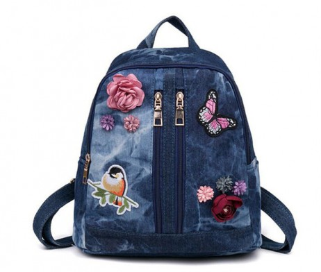 Nádherný-dámsky-riflový-ruksak-s-nášivkami