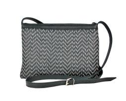Kožená kabelka ručne vyšívaná v čiernej farbe-šedé vyšívanie (1)