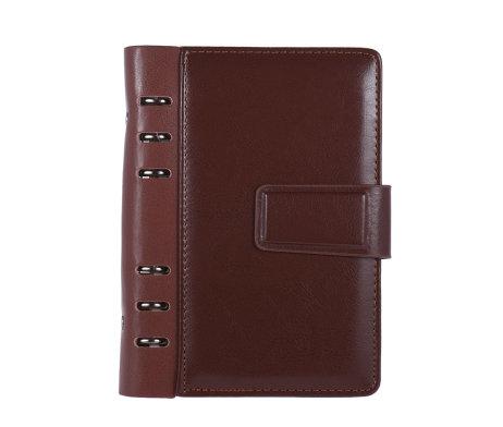 Kožený zápisník s otváraním na magnet v hnedej farbe (8)