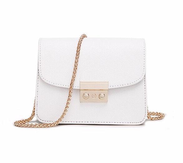 Mini dámska kabelka do mesta vo farbách. Kabelka obsahuje retiazku (5). On  sale!   Predošlé ... 54aff8be190