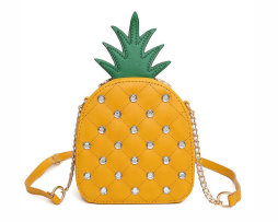 Rozkošná dámska kabelka v tvare žltého ananásu