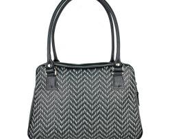 Ručne vyšívaná kabelka z pravej kože v čiernej farbe - šedé vyšívanie vyšívanie (1)
