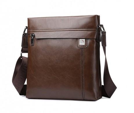 Praktická kožená taška cez rameno vo farbách (2)