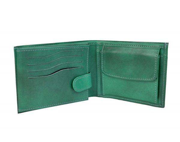 Elegantná-peňaženka-z-pravej-kože.-Peňaženka-sa-vyznačuje-vysokou-kvalitou-použitých-materiálov-a-ich-precíznym-spracovaním-4
