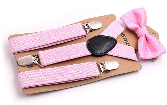 Detské módne traky s motýlikom s bodkami v ružovej farbe