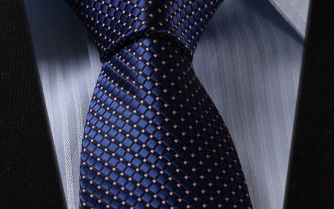 Luxusný pánsky kravatový set – kravata + vreckovka v tmavo modrom štýle