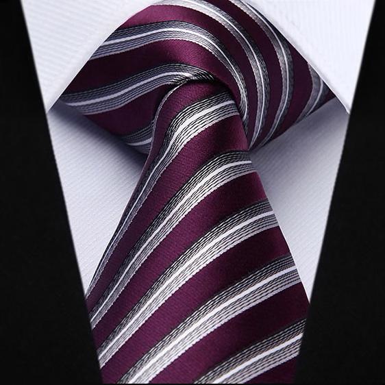 Luxusný pánsky kravatový set – kravata + vreckovka vo fialovom pásikavom prevedení