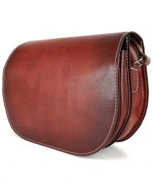 Kožená kabelka v bordovej farbe, ručne tieňovaná, uzatváranie - skrytý magnet