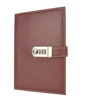 Kožený zápisník XXL z prírodnej kože s číselným zámkom v bordovej farbe