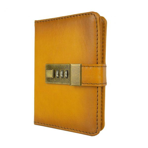Menší Zápisník z prírodnej kože na heslový zámok, ručne tieňovaný, žltá farba