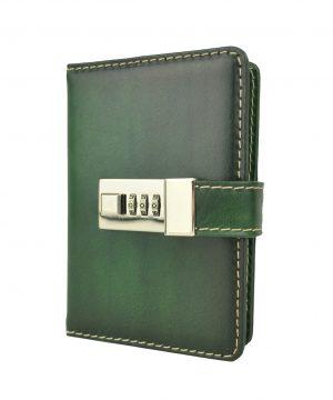 Menší Zápisník z prírodnej kože na heslový zámok, ručne tieňovaný, zelená farba.