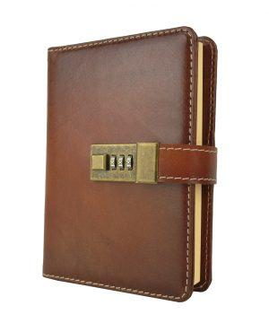 Zápisník z prírodnej kože na heslový zámok, ručne tieňovaný, cigaro farba