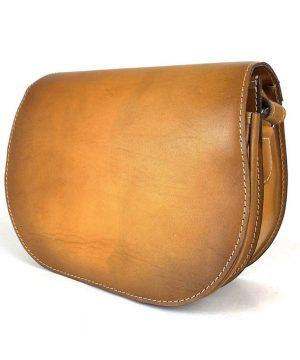 Kožená kabelka v tmavo žltej farbe, ručne tieňovaná, uzatváranie - skrytý magnet